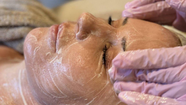 The Skinfluencer Signature Facial